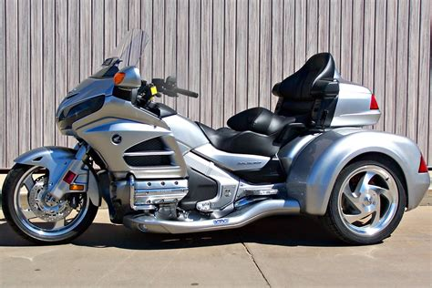 Henza Trijee by Sold New 2015 Honda Gold Wing Gl1800hpm With Csc Viper