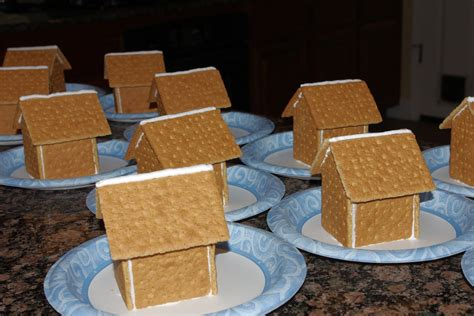 Gingerbread House With Graham Crackers by Faux Gingerbread Houses Happiness Is