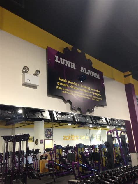 planet fitness evanston  reviews gyms  main