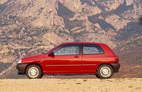 renault car 1990 renault clio 3 doors specs 1990 1991 1992 1993 1994