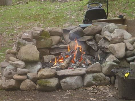 firepit rocks 1000 ideas about rock pits on we