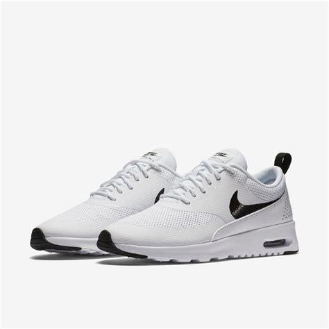 Nike Air Max Black Diskon discount nike air max thea womens black and white shoes rjmq