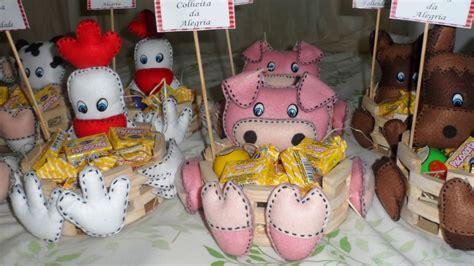 feltro cestinha tema fazendinha rosa modelo para centro de mesa arte com feltro tema fazendinha youtube