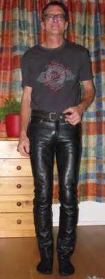 Bewerbungsgesprach Welche Fragen Kann Ich Stellen Kann Ich Eine Lederhose In Der Freizeit Tragen Mode Kleidung Klamotten