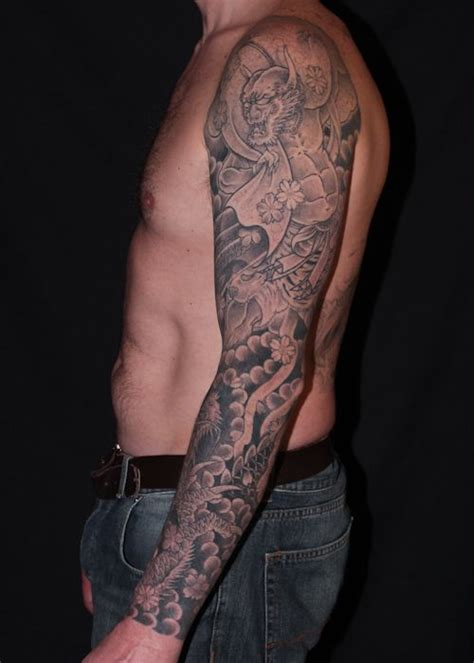 tattoo oriental black and grey fujin black and grey japanese irezumi style tattoo sleeve