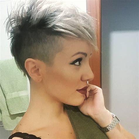 pixie cut back on pinterest shaved nape edgy pixie hair klassisch und trotzdem modern 10 sidecut frisuren f 252 r frauen