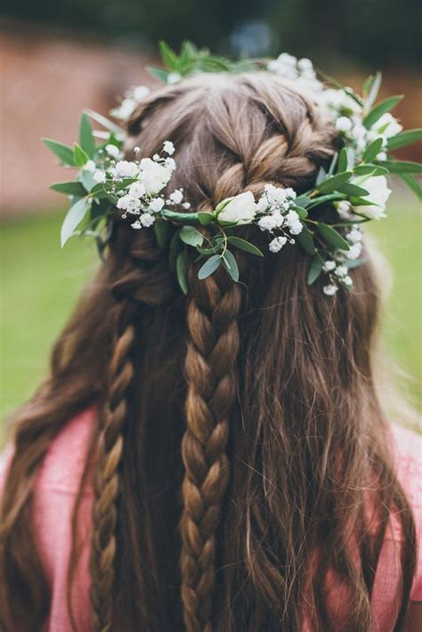 Wedding Hair Braid With Flowers by 10 Flower Crown Hairstyles For Any Mywedding