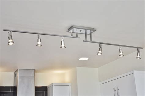 track lighting kitchen idea