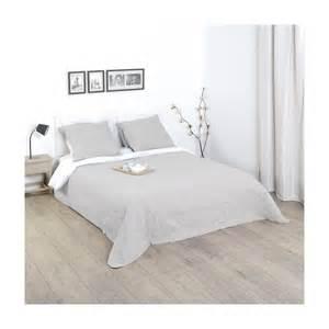 dessus de lit chambre 224 coucher
