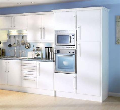 Magnet Kitchen Cupboard Doors - beveled edge matt white kitchen cupboard doors fit howdens
