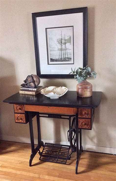 Sewing Machine Desk Ideas by 17 Best Ideas About Singer Sewing Machines On