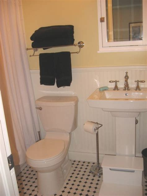 placement of towel bars in bathrooms classic vintage bathroom for the home pinterest