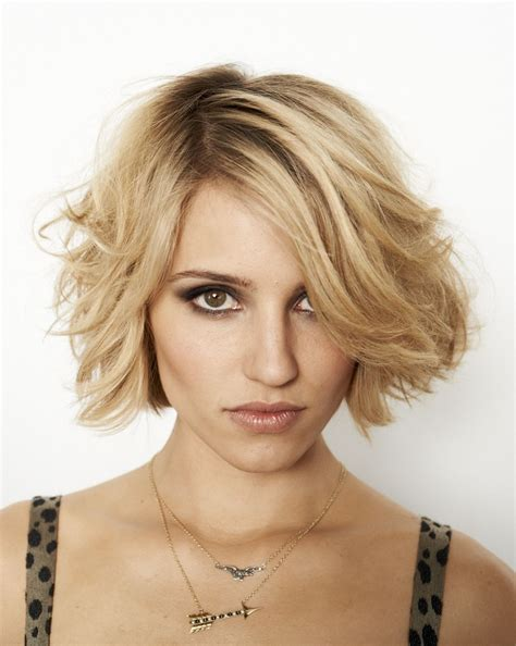 haircuts with ears showing quinn fabray dianna agron cheveux courts