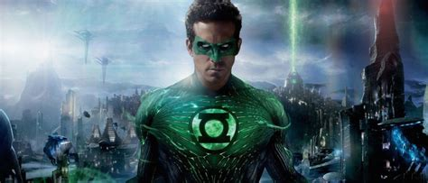 justice league film ryan reynolds is green lantern in justice league