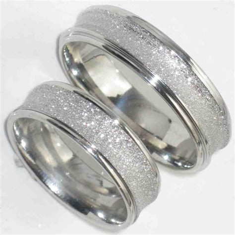 unique matching wedding bands his and hers wedding and
