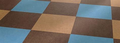 Coprire Pavimento Con Parquet by Come Rivestire Il Pavimento Con Il Linoleum Edilnet
