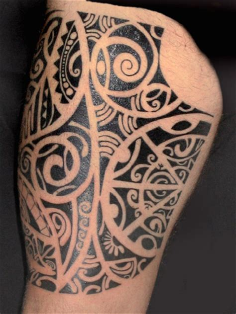 polynesian style tattoo polynesian tattoos tattoosphoto