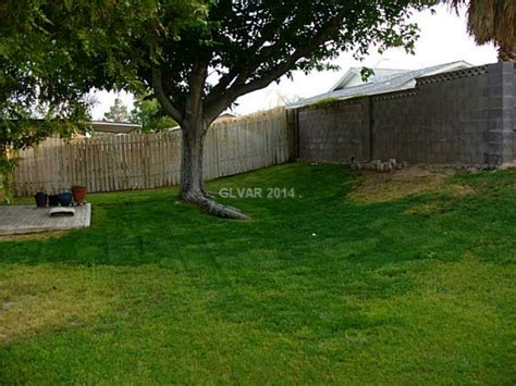 4 bedroom houses for rent in las vegas nicely landscaped 1900 square feet 4 bedrooms 2 baths