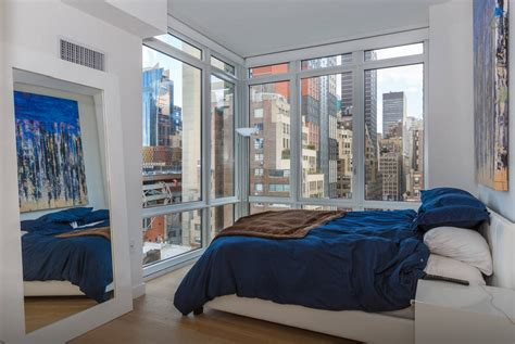 4 Bedroom Apartments In Manhattan | 8 swanky airbnb penthouses you can rent for the night in