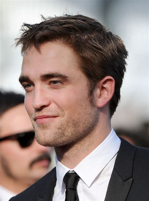 rob pattinson robert pattinson robert pattinson photo 31432948 fanpop