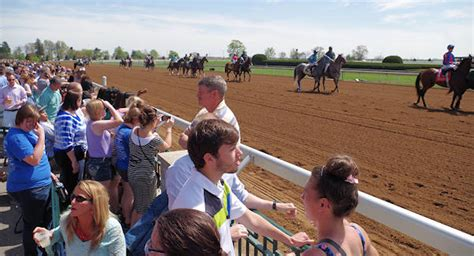 keeneland equestrian room keeneland racing tips for the day
