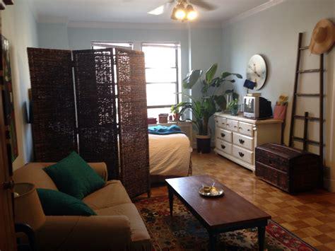 25 best ideas about studio apartment decorating on the 25 best decorate studio apartments ideas on pinterest