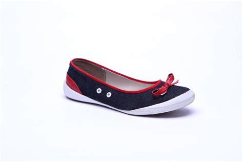 Sepatu Ando Dan Harga toko sepatu jual sepatu wanita dan pria toko