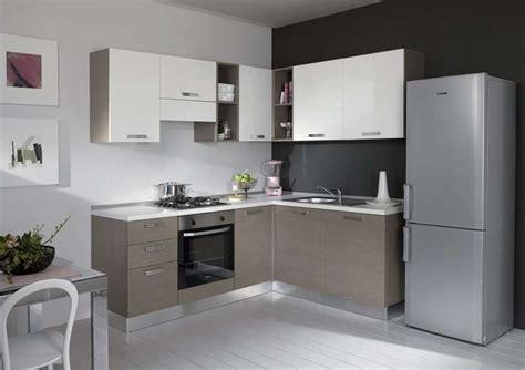 dispense angolari per cucine dispense angolari per cucine tinozzo per balconi cucina