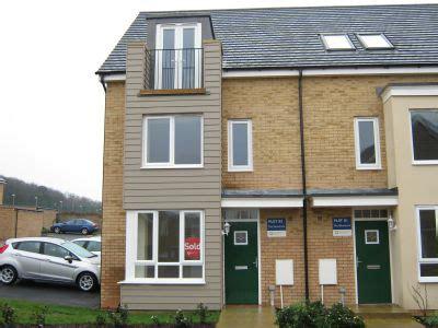 rent a room in huntingdon house houses 4 bedroom family home for rent in huntingdon rentals lettings estate agents