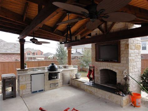 Outdoor Kitchen And Fireplace Designs by Outdoor Kitchen With Fireplace Landscape Design