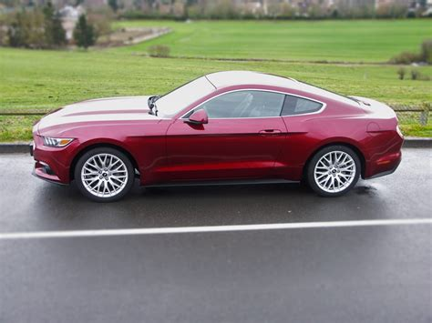 2016 Ford Mustang Ecoboost 2 3l essai mustang 2 3l ecoboost fastback le second