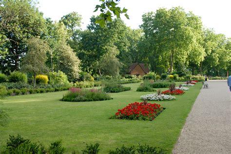 Garden Of Park Mackenzie Gardens Finsbury Park Cleaning