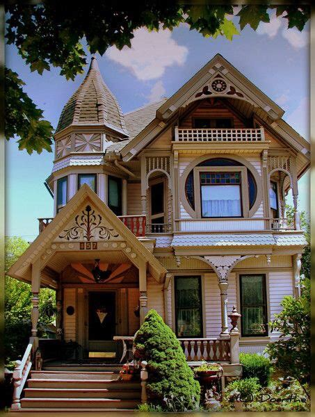 queen anne victorian homes 1000 ideas about victorian on pinterest victorian