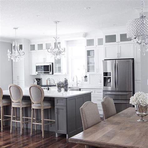 White Kitchen Gray Island by Best 25 Grey Kitchen Island Ideas On Gray