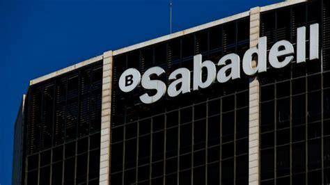 banc sabadell empleo sabadell tantea la compra de liberbank