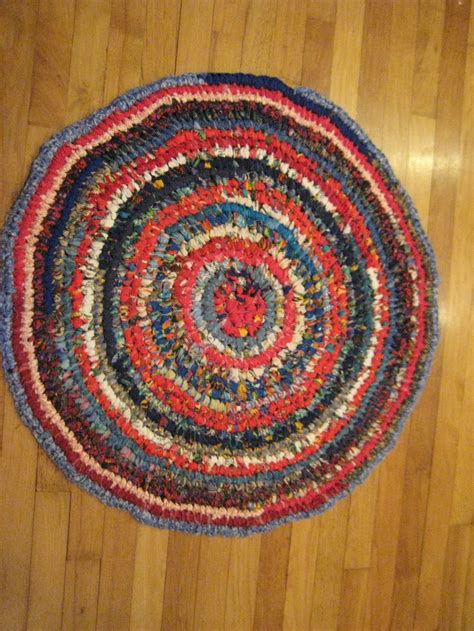 Toothbrush Rag Rug by 29 Best Images About Toothbrush Rugs On Stitching Blue And White And Troy