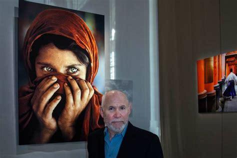 il mondo di steve steve mccurry il grande fotografo americano in mostra a milano