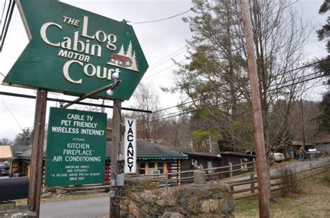 pining to return to log cabin motor court