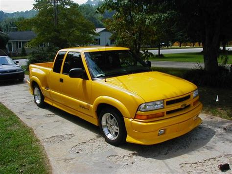 how cars work for dummies 2003 chevrolet s10 free book repair manuals howielong 2003 chevrolet s10 regular cab specs photos modification info at cardomain