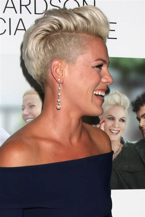 pinks current hairstyle short hair how to pink s pompadour hair tutorials the