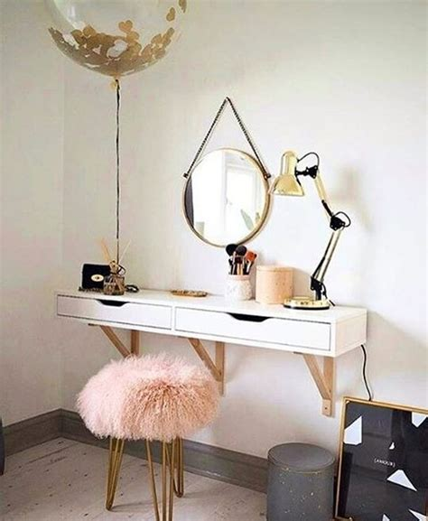 Vanity Ideas For Small Spaces by Adorable Make Up Vanity Ideas Suitable For Small Space 25