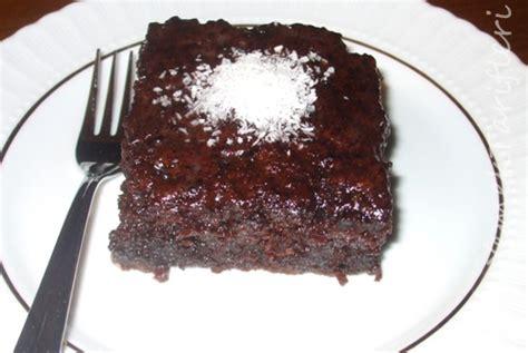 kek tarifleri az malzemeli resimli ve pratik nefis yemek tarifleri islak kek tarifi kadın sitesi kadınca