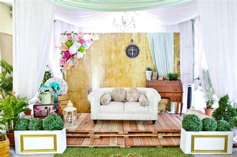 pelamin pallet di kemaman pelamin malay wedding nice wedding ideas pinterest