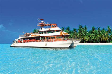 isla mujeres cruise by catamaran dancer cruise sunset cruise cancun