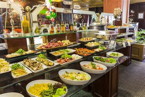 buffet catering for new year 2015 buffet restaurant picture of park santiago