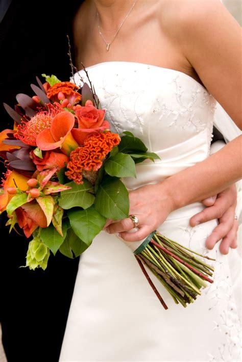 wedding flower ideas for october october wedding bouquet