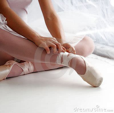 Sepatu Latihan Balet rahasia kekuatan jempol kaki sang balerina