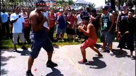 peleas callejeras pelea callejera desigual a muerte real street fight youtube