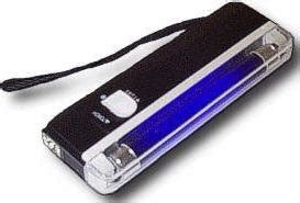xtreme barware 6 inch portable handheld blacklight flashlight