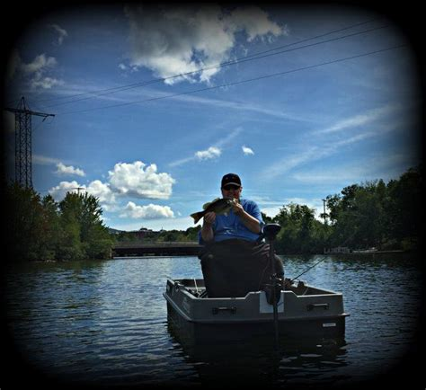 inflatable pontoon boat vs kayak 78 images about small boat fishing on pinterest ocean